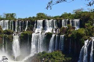 IGUAÇU waterfall for honeymooners
