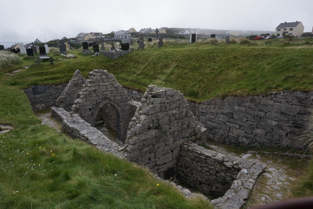 sunken chapel on Inis Oírr