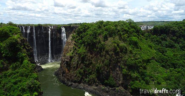 Victoria Falls – A Destination for Adventurous Couples