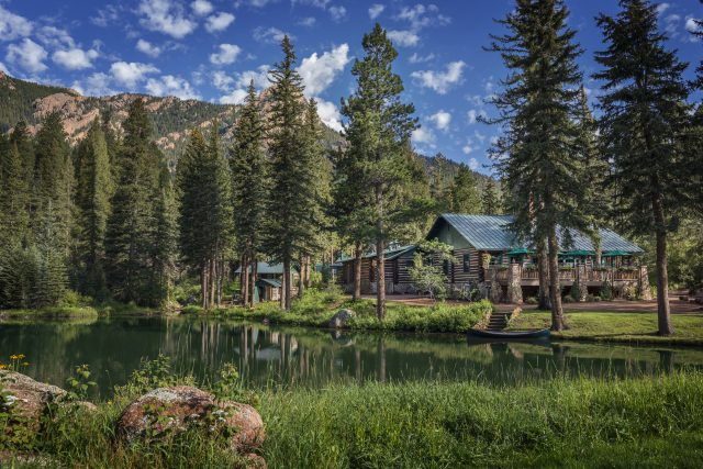 The Ranch at Emerald Valley romantic cabin retreat with hot tubs