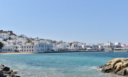 How To Have An Amazing Honeymoon in Mykonos