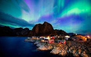 northern lights in Norway for honeymooners
