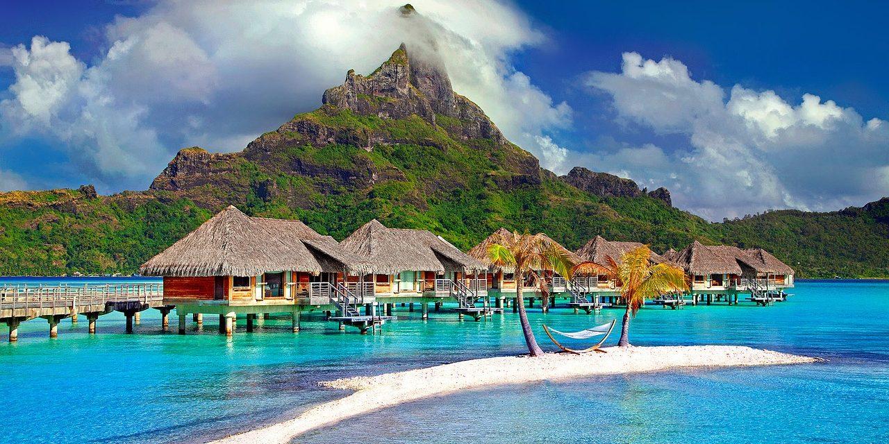 Tahiti & Bora Bora : Which Island Should You Visit?