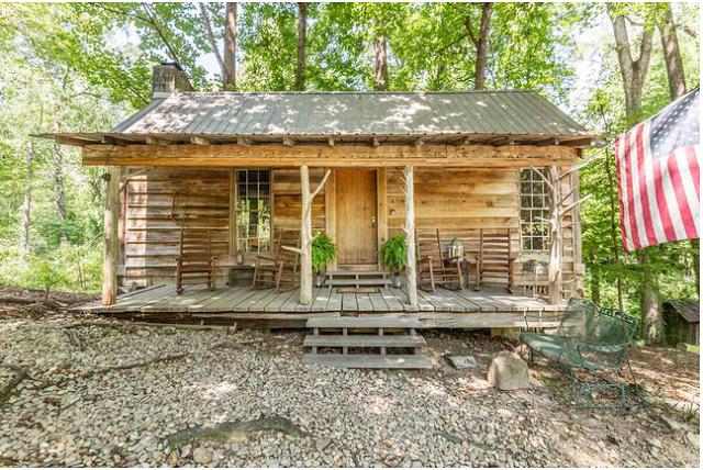 Secluded Cabin Near Macon