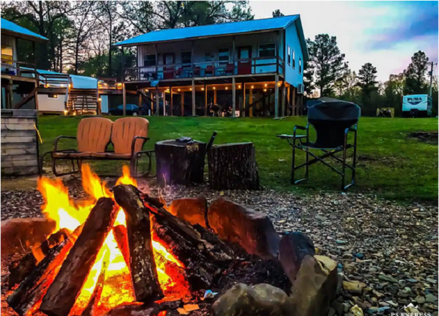 Fire pit at Romantic Cottage On The River in Tuskahoma, Oklahoma