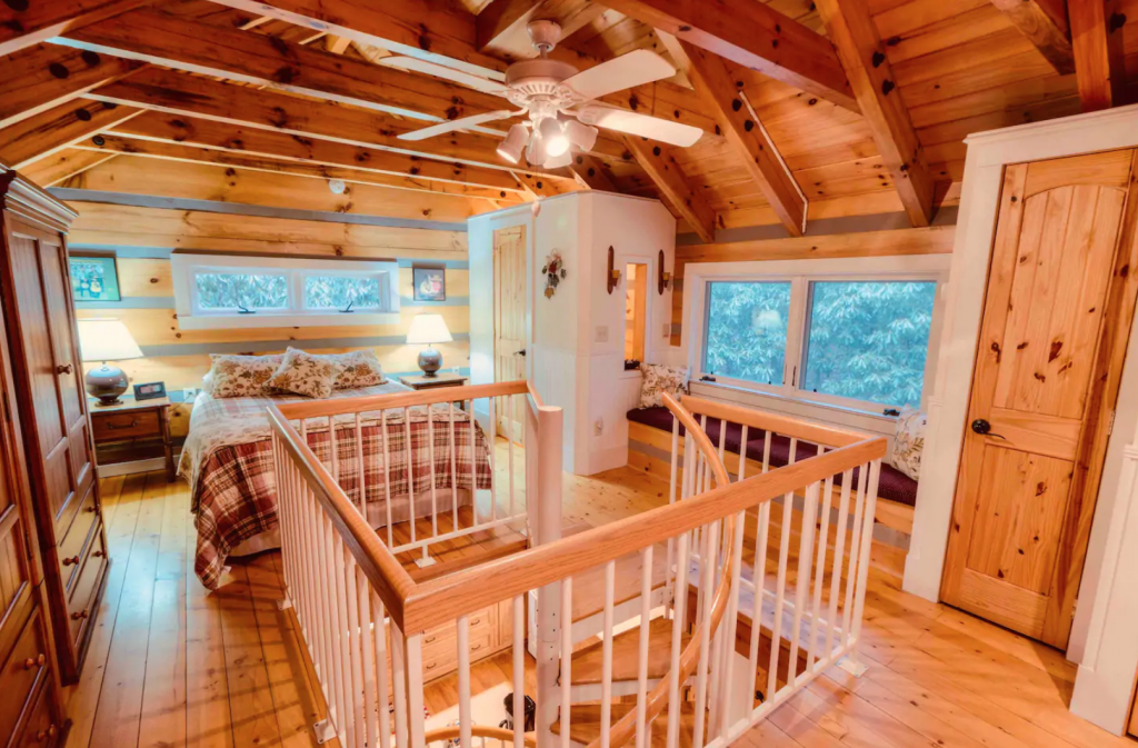 Fernwood Log Cabin 15 Minutes From Boone Interior