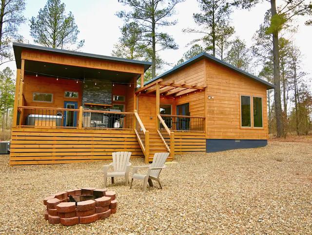 Karat Cabin exterior